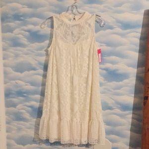 NWT Xhilaration Medium white lace bohofloral dress
